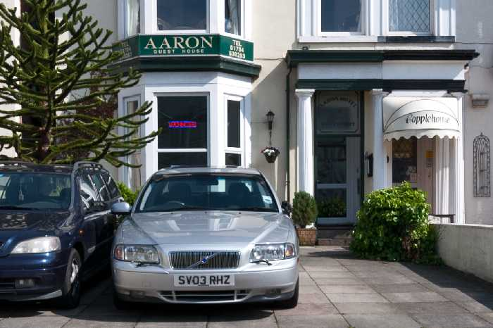 AARON GUEST HOUSE SOUTHPORT